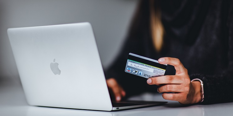 , Purchase with caution: scammers on the prowl for e-shoppers, The Cyber Post